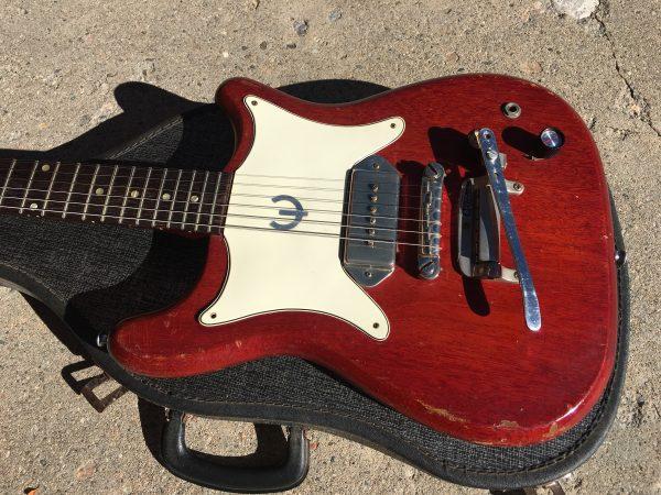 broken string guitars salida guitar shop we buy sell trade new vintage guitars 1965. Black Bedroom Furniture Sets. Home Design Ideas