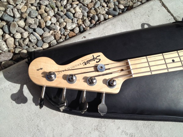 Fender Bronco Squire Bass Black W Nice Gig Bag 125 00 additionally 808260 Oscar Schmidt Os10015 Natural 15 Chord Autoharp Centurion W Solid Spruce Top Mahogany Back Gloss also Antique Zither furthermore Hercules Stand besides Used Ovation Celebrity Deluxe Acoustic Electric 34 Size 200 00. on oscar schmidt autoharp parts