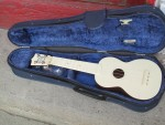 1950's Vintage Fin-Der Soprano ukulele - $75.00