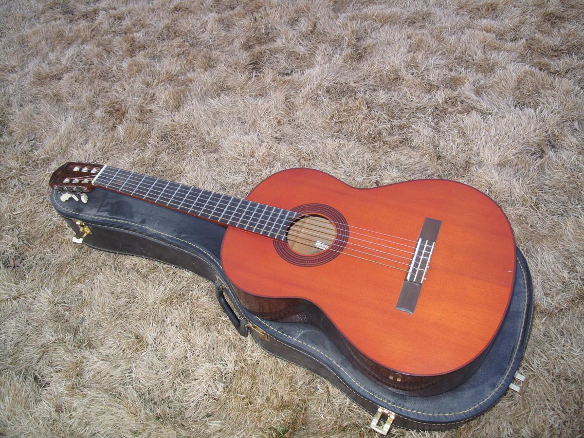 Yamaha G-55 Classical- front